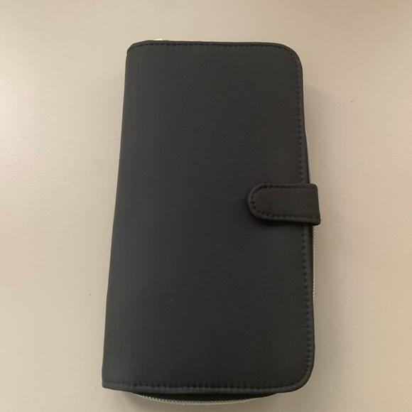 None Handbags - EUC Nylon multi-compartment Wallet